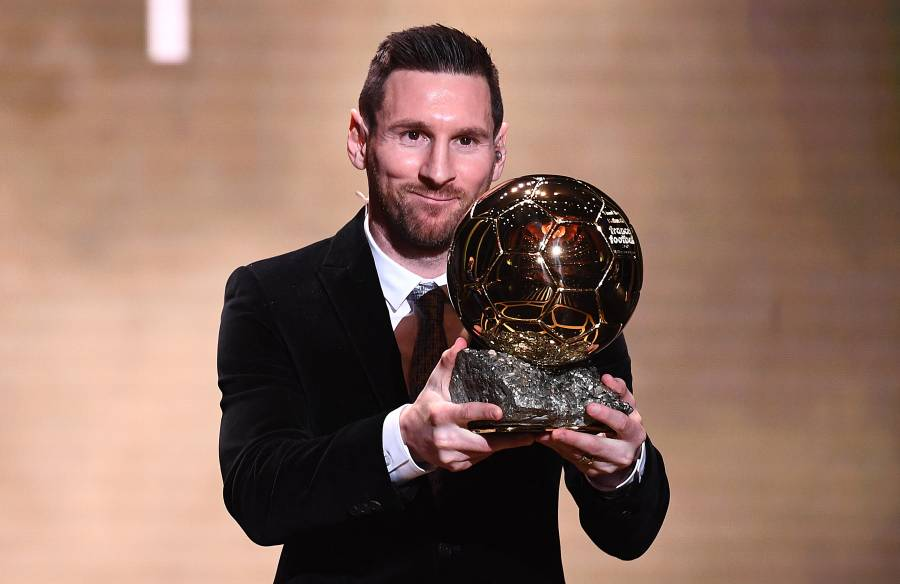 PSG reserva la Torre Eiffel ¿Anunciará la llegada de Messi?