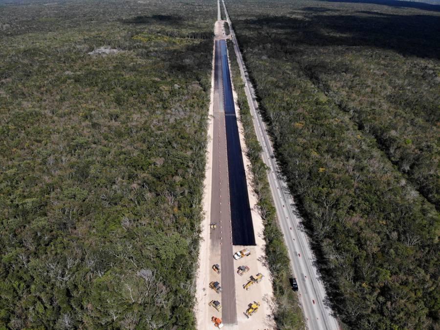 Invertirá SCT 44 mil mdp en proyectos carreteros y ferroviarios