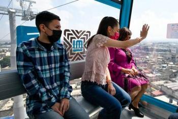 """Claudia Sheinbaum inaugura el Cablebús en Iztapalapa; asistentes le gritan """"presidenta"""""""