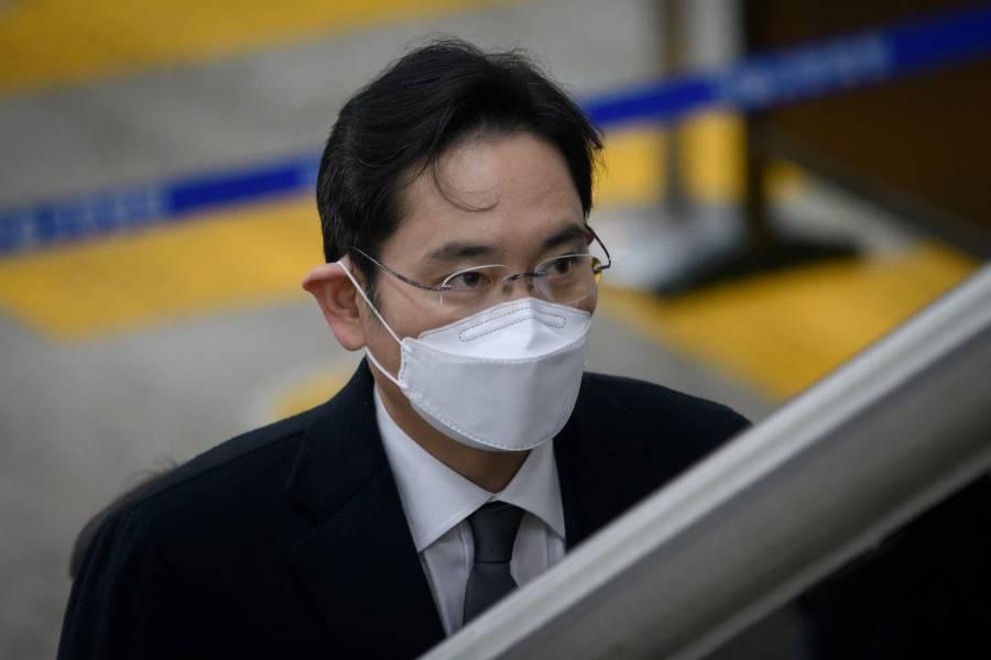 Obtiene libertad condicional, Lee Jae-yong, heredero de Samsung