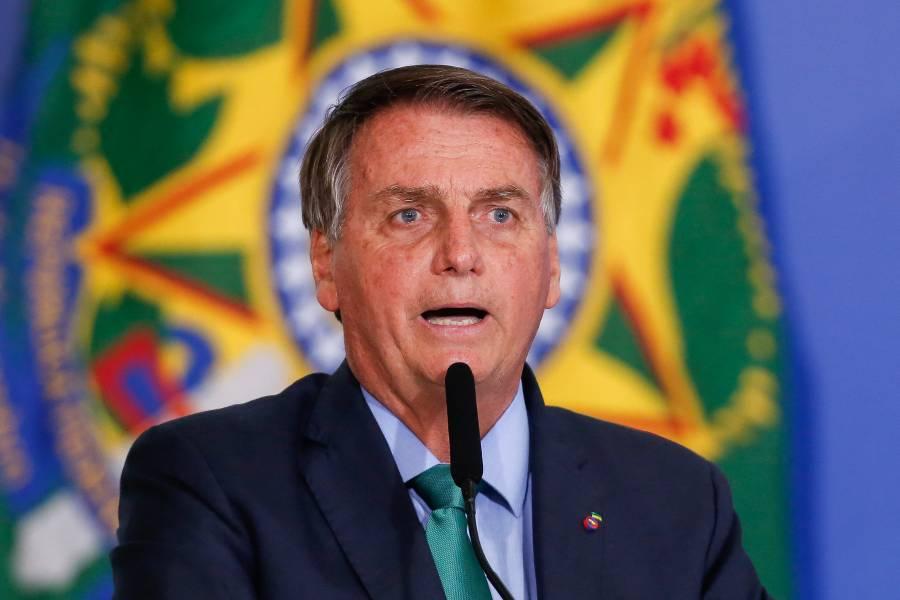 Bolsonaro presenta proyecto para sustituir programa social creado por Lula da Silva