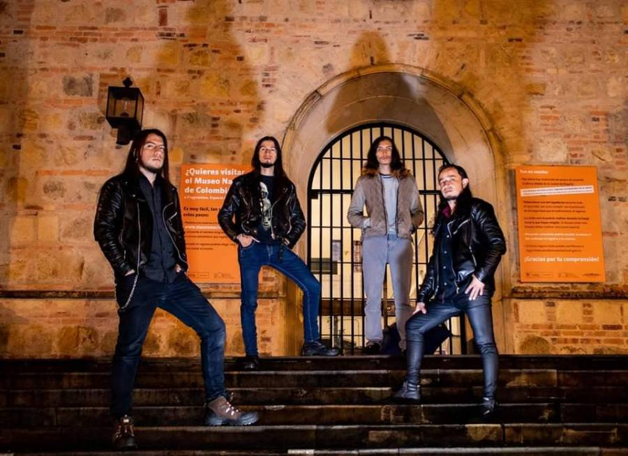 La banda de heavy power metal Shadows of Fire presenta