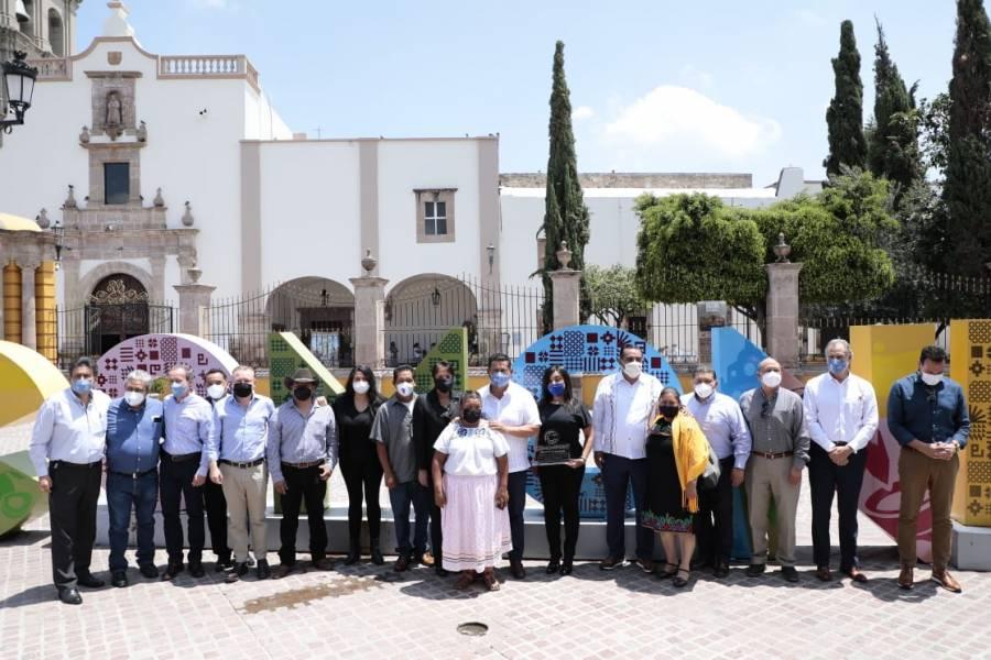 Recibe Guanajuato, título y logotipo de la Marca Colectiva de Molcajetes de Comonfort