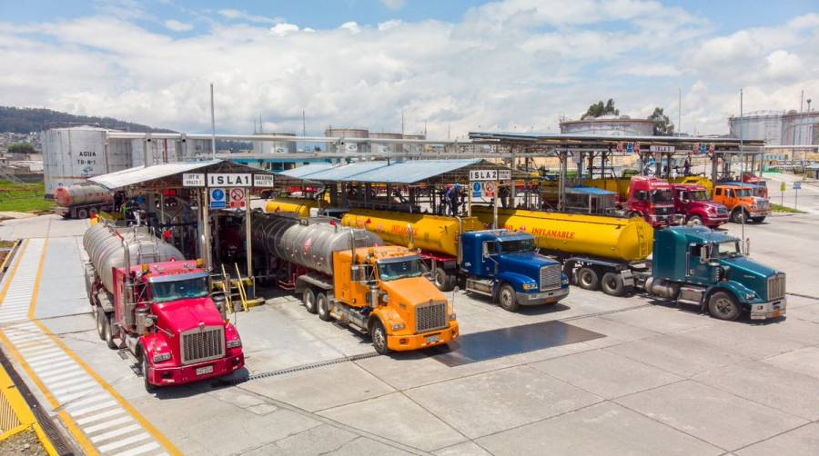 Amparan a Novum Energy para que siga importando combustible a México