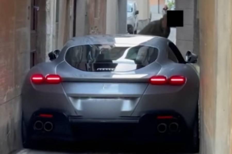 Video: Conductor arruina su Ferrari en segundos