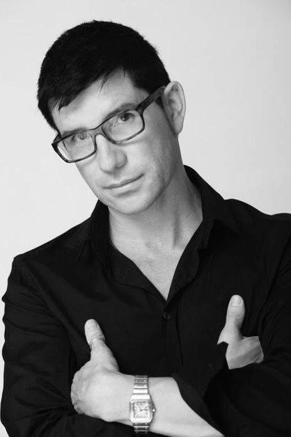 Marco Peña fomenta el cuidado de cabello para lucir como toda una celebridad