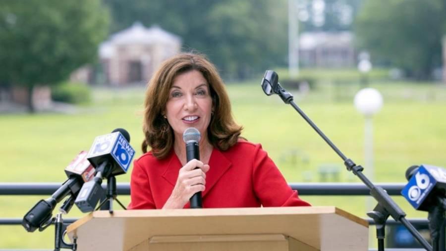 Kathy Hochul se convertirá en la primera gobernadora de Nueva York