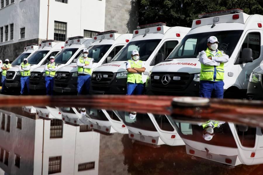 CDMX recibe ambulancias donadas por el Insabi para atender COVID-19