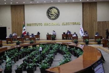 INE aprueba presupuesto de 5 mil 821 mdp a partidos políticos para 2022