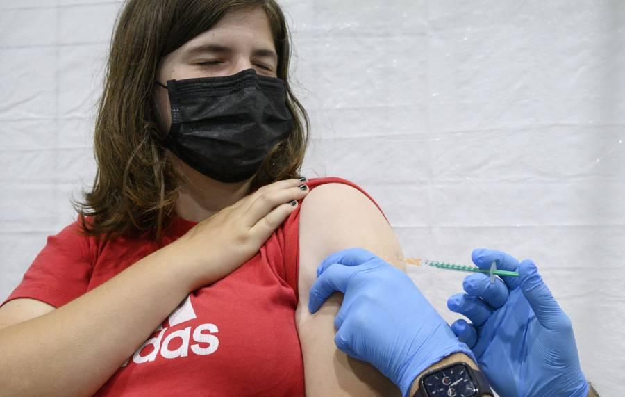 Miles de personas volverán a ser vacunadas porque se les inyectó agua con sal en Alemania