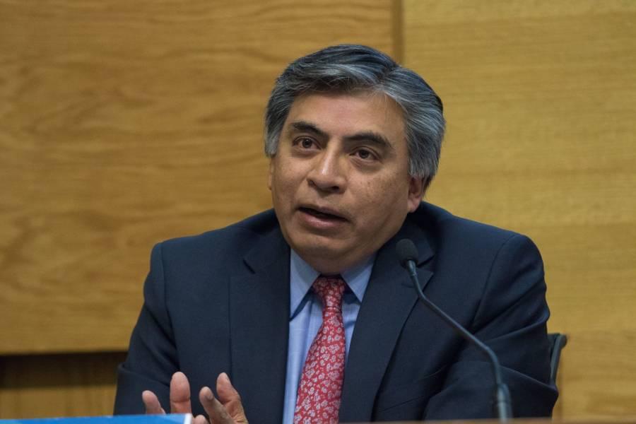 Subgobernador de Banxico desmiente a AMLO; no se puede pagar deuda con activos del FMI