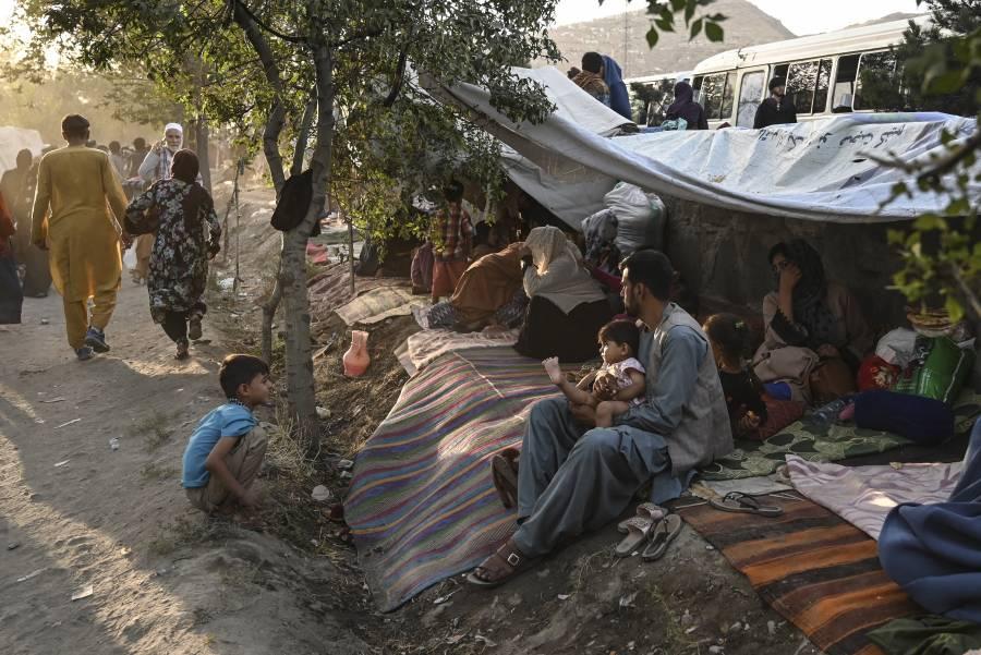 """Advierte UE """"aislamiento"""" internacional a Afganistán si talibanes toman el poder"""