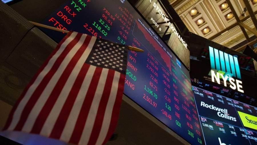 Wall Street abre ligeramente a la baja tras alcanzar máximos históricos