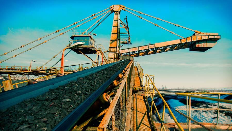 Por falta de agua, alertan presión en industrias minera, de bebidas y energía