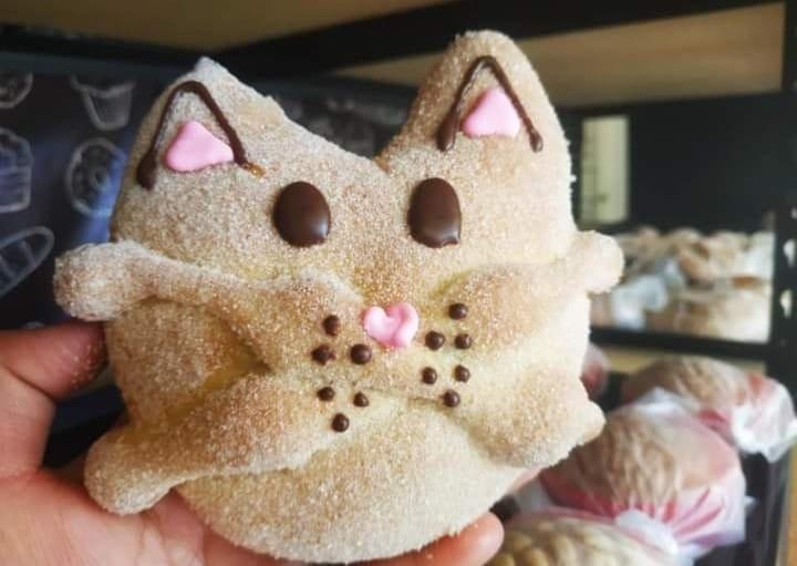 ¡Karen ven a ver esto! Ya existe el pan de Michi-Muerto