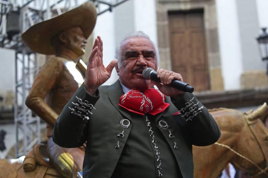 Reportan a Vicente Fernández