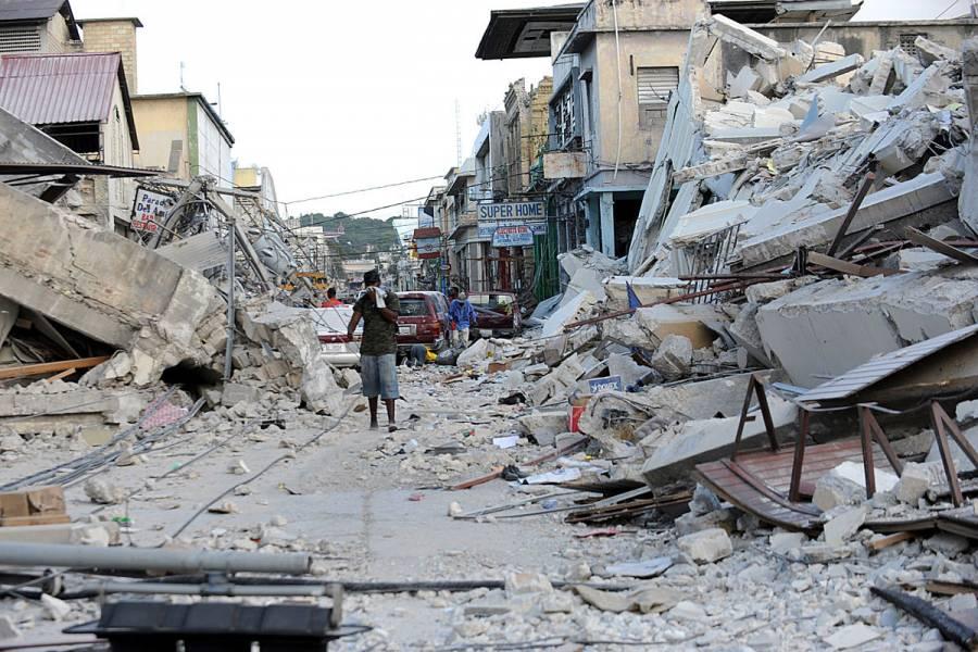 SRE abre línea telefónica para apoyar mexicanos en Haití tras fuerte sismo