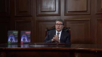 """Monreal presenta su obra """"Las grandes reformas para el cambio de régimen"""""""