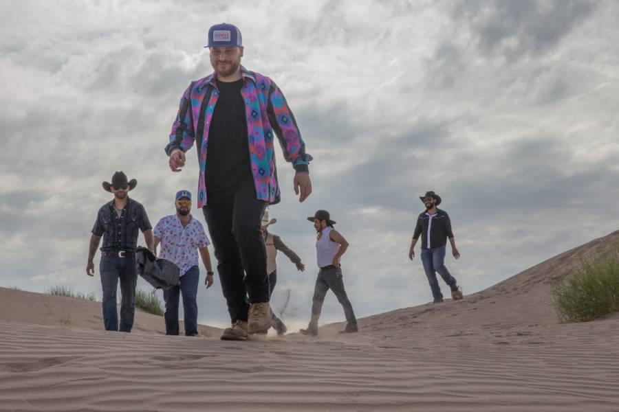 """El Grupo Becerros lanza su sencillo """"La Fogata"""""""