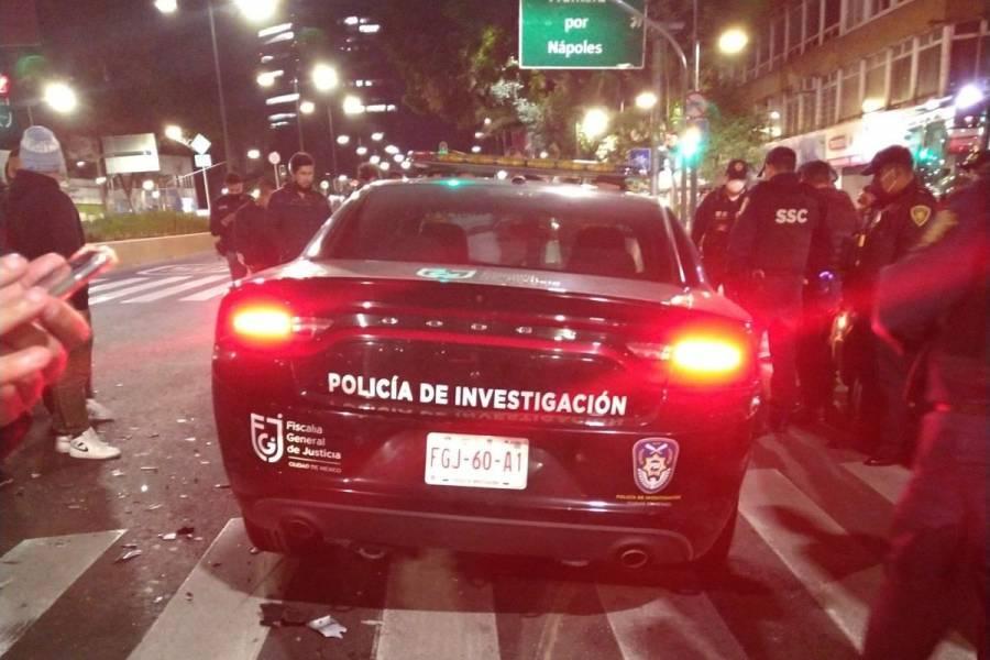 Patrulla de la FGJ-CMDX protagoniza choque contra Uber