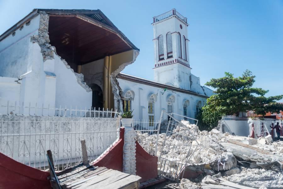 Haití: Ascienden a mil 419 los decesos por terremoto, según Protección civil