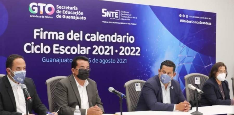 Presentan en Guanajuato calendario para el ciclo escolar 2021-2022