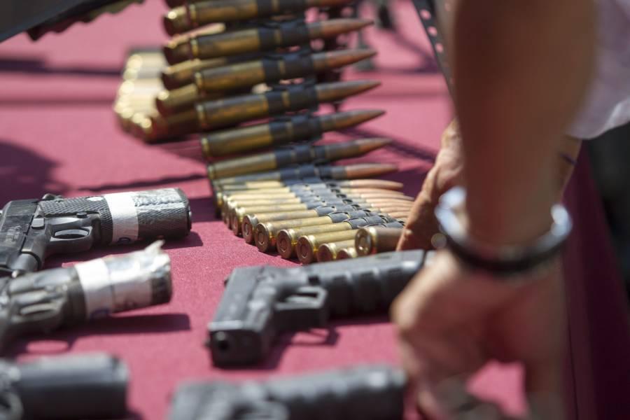 EEUU decomisa más de mil armas ilegales con destino a México