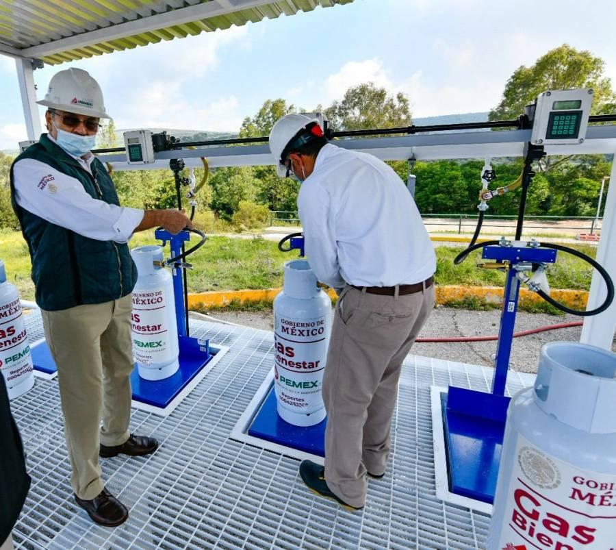 Gas Bienestar alista primer lote de cilindros domésticos