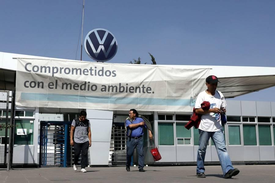 Volkswagen México y sindicato pactan aumento salarial de 5.5%
