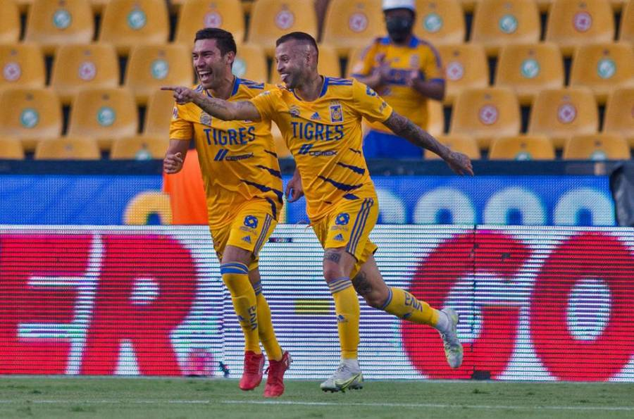 Los Tigres golearon 3-0 a Querétaro en el debut del francés Florian Thauvin