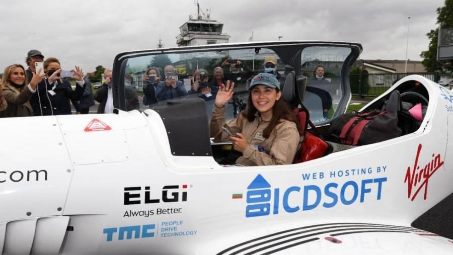 Una jóven piloto de 19 años despega para dar la vuelta al mundo
