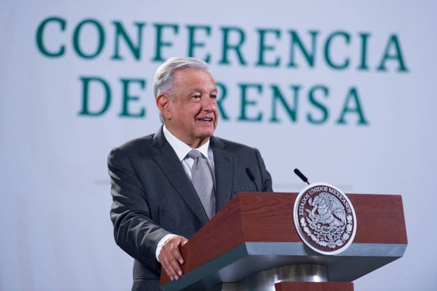 Ramírez de la O propuso pagar deuda externa con activos de FMI: AMLO