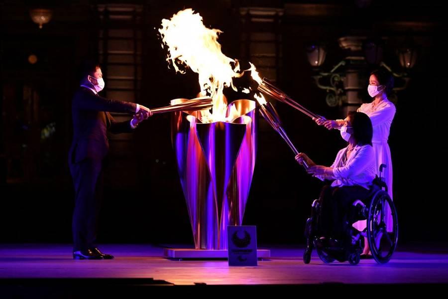 La llama paralímpica llega a Tokio en medio de récord de casos de Covid-19