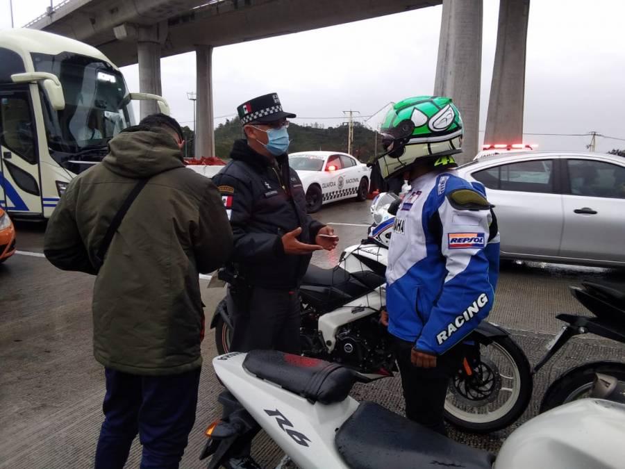 Implementan operativo motocicleta y casco seguro en la México - Cuernavaca