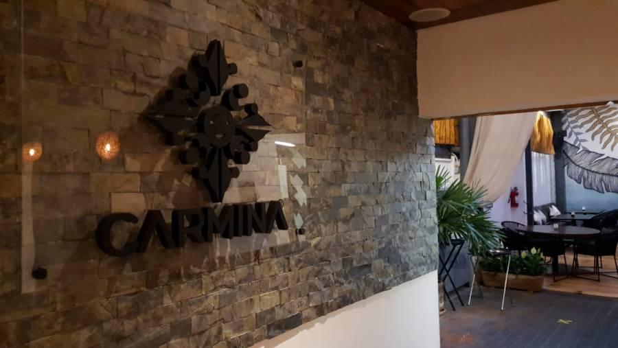 Carmina Restaurant, cocina de brasas que no puedes dejar de visitar