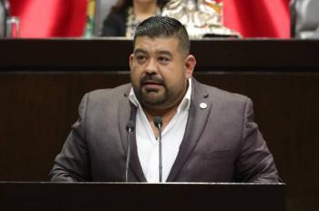 Diputado del PT se suma al PRD; denuncia intromisión del narco en elección de Michoacán