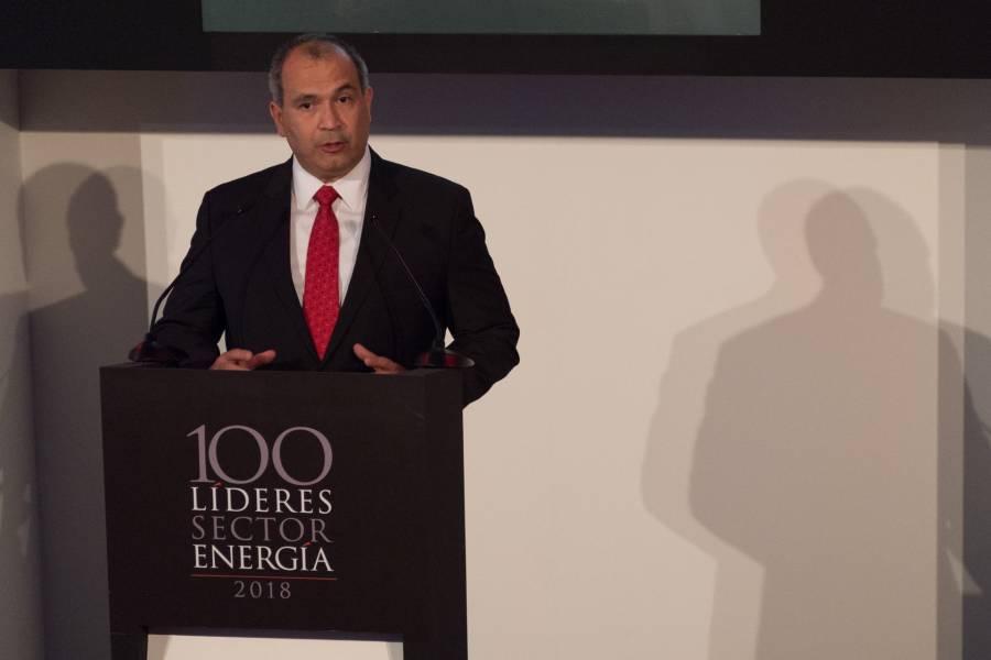 FGR va por Carlos Treviño, exdirector de Pemex; lo acusa de lavado de dinero