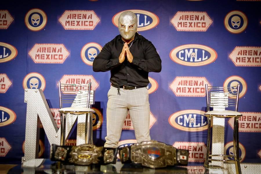 Místico se va del CMLL; Carístico retomará el personaje