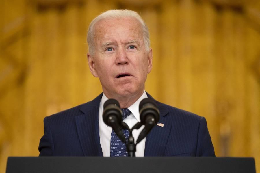 Biden promete represalias contra el Estado Islámico tras atentado en Kabul