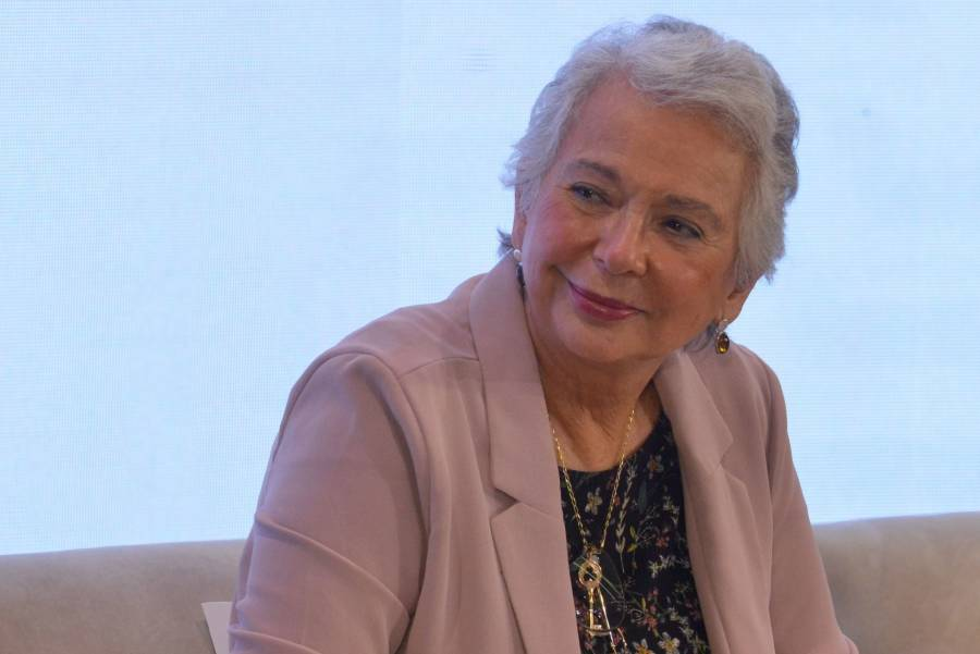 Olga Sánchez Cordero regresa a su escaño para presidir el Senado