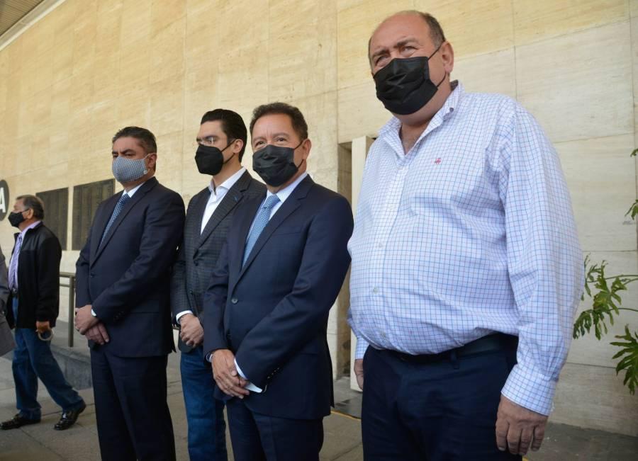 "Morena desiste de ""megabancada""; se usará para temas legislativos"