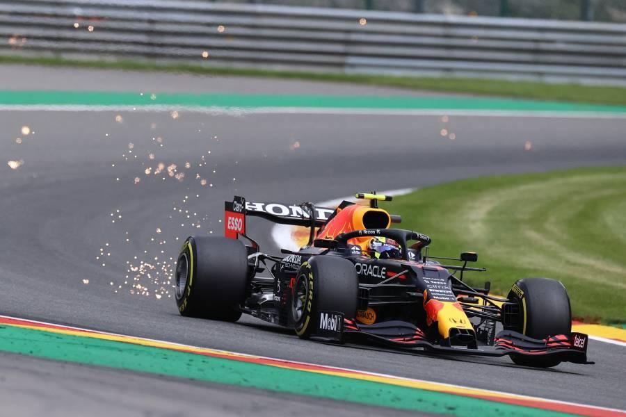El piloto mexicano Sergio Pérez renueva su contrato con Red Bull para 2022