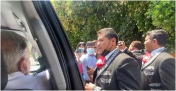 AMLO compartió en redes sociales su serenata con mariachi en Chiapas