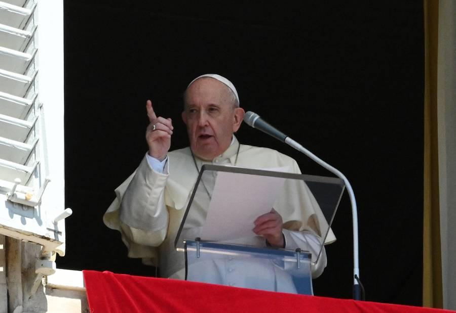 El papa Francisco insta a