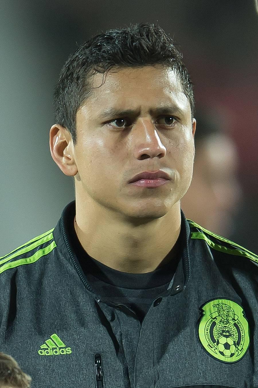Johan Vásquez causa baja de la Selección Mexicana; lo suple Cata Domínguez