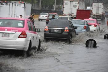 Lluvia y granizo causan afectaciones en la CDMX; Se activa Alerta Amarilla