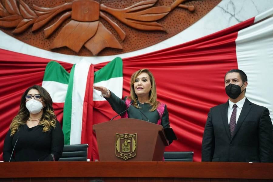 Lorena Cuéllar asume como gobernadora de Tlaxcala