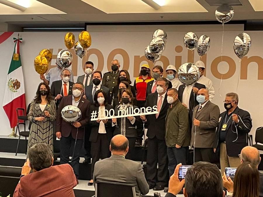 Celebra Cancillería alcanzar meta de 100 millones de vacunas Covid