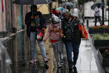 Caerán fuertes lluvias por la onda tropical 25