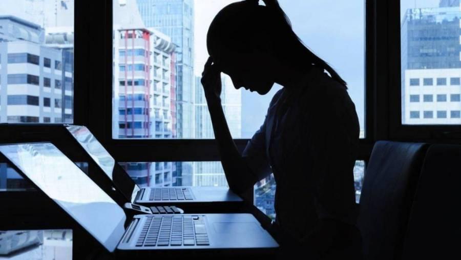 Ciberacoso laboral genera daños psicológicos, laborales y familiares: IECM